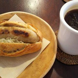 ホットドック(トゥウィナー コーヒーショップ (TWEENER COFFEE SHOP))