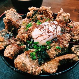 温玉マグロ竜田揚げ丼(魚人食堂 (ウオンチュショクドウ))