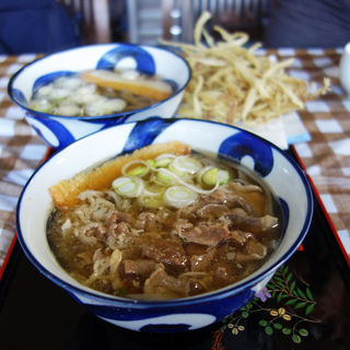 スタミナ肉肉肉うどん(荒津亭)