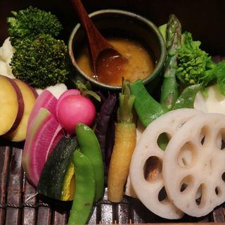 蒸し野菜 蟹のバーニャカウダ(龢nagi (ナギ))
