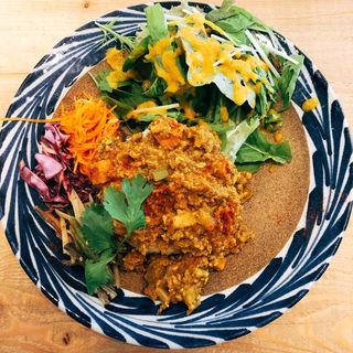挽肉と旬野菜のキーマカレー(シェルタークコ カフェ&ギャラリー)
