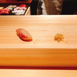 クエ昆布〆の握り(鮨 利崎)