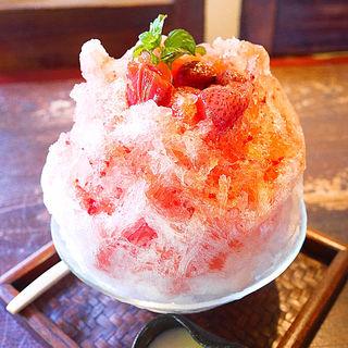 かき氷苺(旬菜蔵せんや (センヤ))