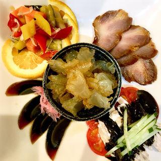前菜5種盛り合わせ(中華ダイニング グルペット)