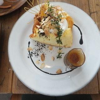 クリームチーズシフォン メイプルバターソースset(CAFEサカノウエ)