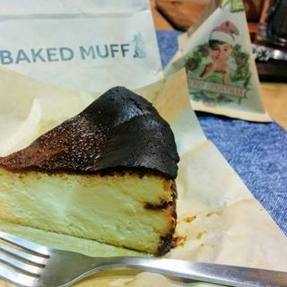 紅玉ゴルゴンゾーラチーズケーキ