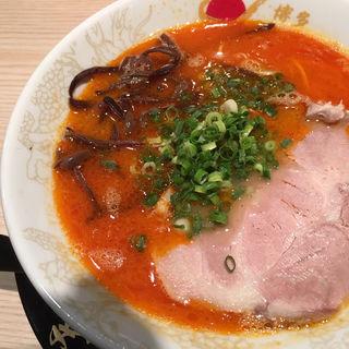赤ラーメン(博多 一幸舎 札幌すすきの店)