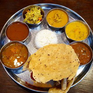 ランチ・ミールス(アーンドラ・ダイニング 銀座 (Andhra Dining GINZA))