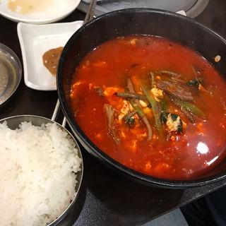ユッケジャン定食(新村(シンチョン))