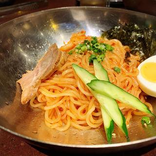 ビビン麺(焼肉DOURAKU  (どうらく))