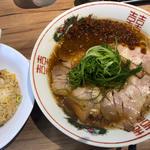 肉味噌ラーメンAセット(半焼飯)