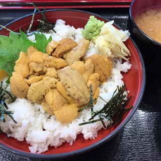 近海うに丼(お魚いちば おかせい)
