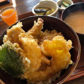 豚ヒレ天丼(そうさく料理 てんきち)