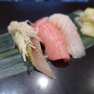本鮪トロ(立食い寿司 根室花まる)