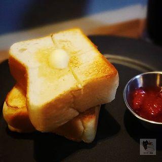 トースト(いちごジャム)(イルマン堂)