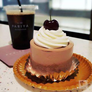 アメリカンチェリー チョコレートショートケーキ(パリヤ 日本橋髙島屋S.C.店 (PARIYA))