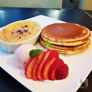 いちごのグラタン&Clover'sパンケーキ(代官山パンケーキカフェClover's (クローバーズ))