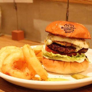 タルタルパイナップルバーガー(The Burger Stand N's (エヌズ))