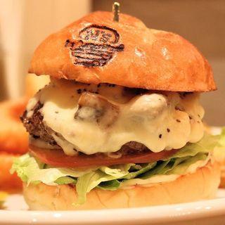 マッシュルームチーズバーガー(The Burger Stand N's)