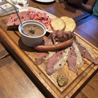 肉前菜5種盛合せ(BISTRO RUBAN (ビストロ リュバン【旧店名】シャンハイリュバン))