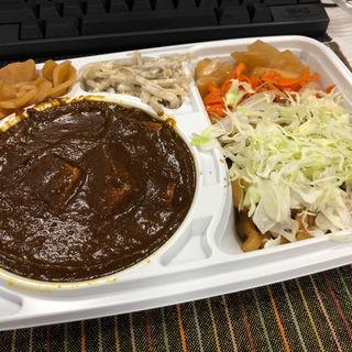 お弁当(もうやんカレー 大忍具 (モウヤンカレー ダイニング))