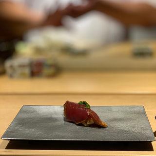 鰹(鮨猪股)