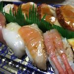 季節の生寿司(うなぎ入り)