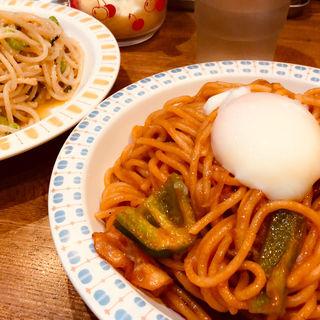ナポリタン+半熟玉子(スパゲティ屋くぼやん )