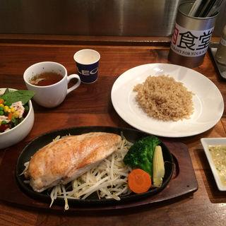 鶏ムネ肉のステーキ 200g(筋肉食堂 )