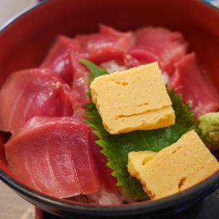 本鮪鉄火丼(築地活鮮市場 丸の内南口店 )