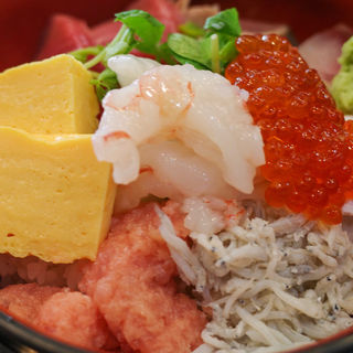 活鮮丼(築地活鮮市場 丸の内南口店 )