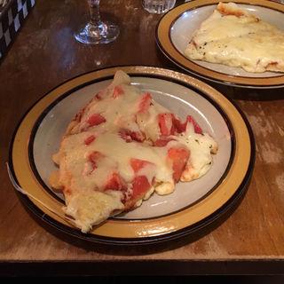 フレッシュトマトピザ(トニーズピザ (TONY's PIZZA))