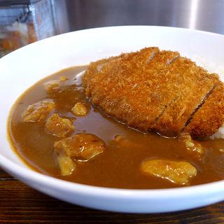 チキンカレー(トンカツ付き)(カレー食堂 やまさき)