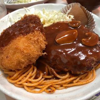 カニコロハンバーグ盛合せライス(プティコック )