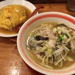 野菜塩ラーメン&天津飯(らーめん上州亭 飾磨本店 )