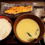 厚切り銀鮭塩焼定食