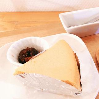 生キャラメルとゴーダのチーズケーキ(アルモニー)