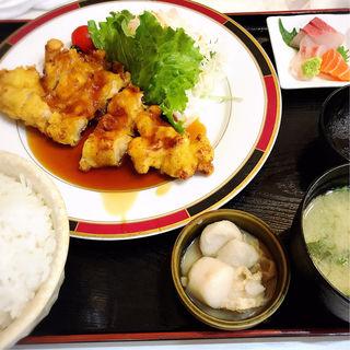 塩麹ジャンボチキン南蛮定食(お刺身付)(定食 馬乃米)