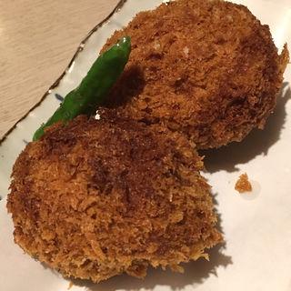北海道産じゃが芋の手作りカニクリームコロッケ(音音 上野バンブーガーデン店 )
