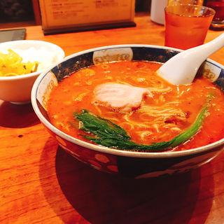 担担麺(支那麺 はしご本店)