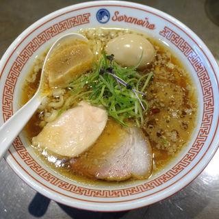 味玉ラーメン(ソラノイロ Japanese soup noodle free style 本店)