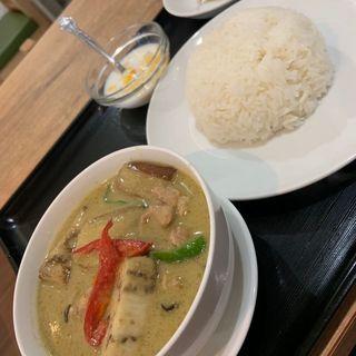 グリーンカレー「鶏肉」(ラープタイ (Lab Thai))