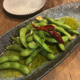 ペペロンチーノ枝豆(虎のバタ- )