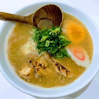 濃厚鶏白湯ラーメン(らーめん キング )