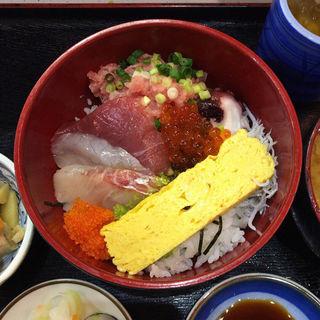 ねぎとろ海鮮丼(魚谷 )