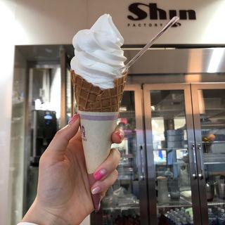 バニラソフトクリーム(ファクトリーシン 藤沢店 (FACTORY Shin))