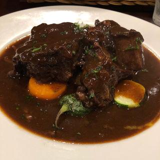 牛肩肉の赤ワインソース煮込み(ルラション (RELATION))