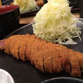 「牛かつ・麦めし・とろろ定食」(牛かつもと村 難波店 (ギュウカツモトムラ))