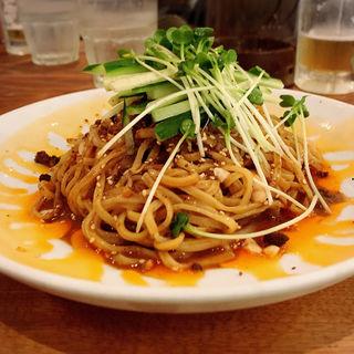 冷やし黒胡麻担々麺(蒼龍唐玉堂 六本木店 (ソウリュウトウギョクドウ))