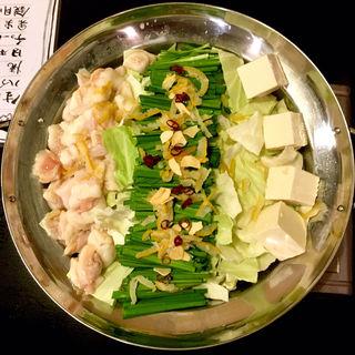 柚子塩もつ鍋(焼鳥はなび)